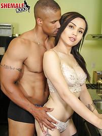 Interracial shemale porn